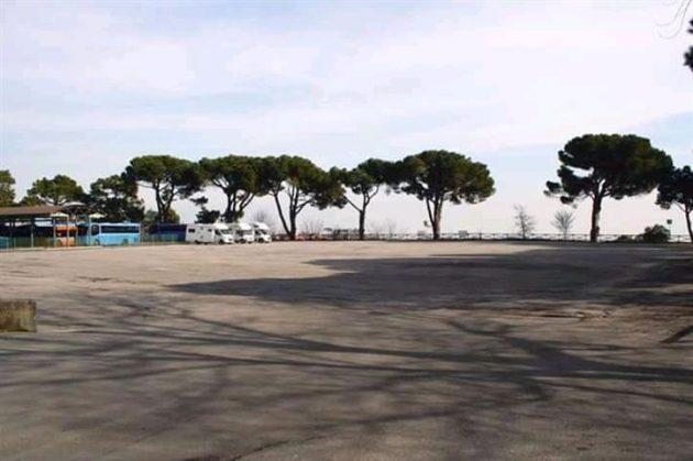montepulciano-piazza-nenni-small-630x419